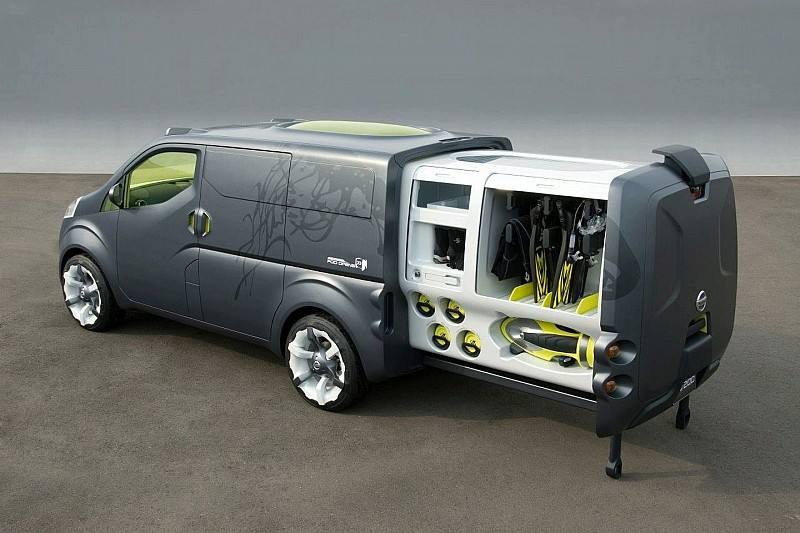 Nissan NV200 Concept Van First Info Revealed