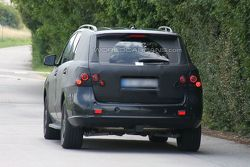 2013 Mercedes-Benz ML-Class prototype spy photo