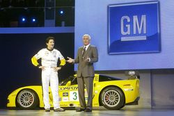 2005 Chevrolet Corvette C6R Race Car Introduced At 2005 NAIAS