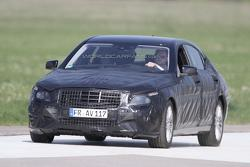 2013 Mercedes S-Class spy photo 29.4.2011