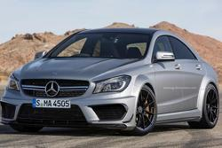 Mercedes CLA45 AMG Black Series Rendering 20.9.2013
