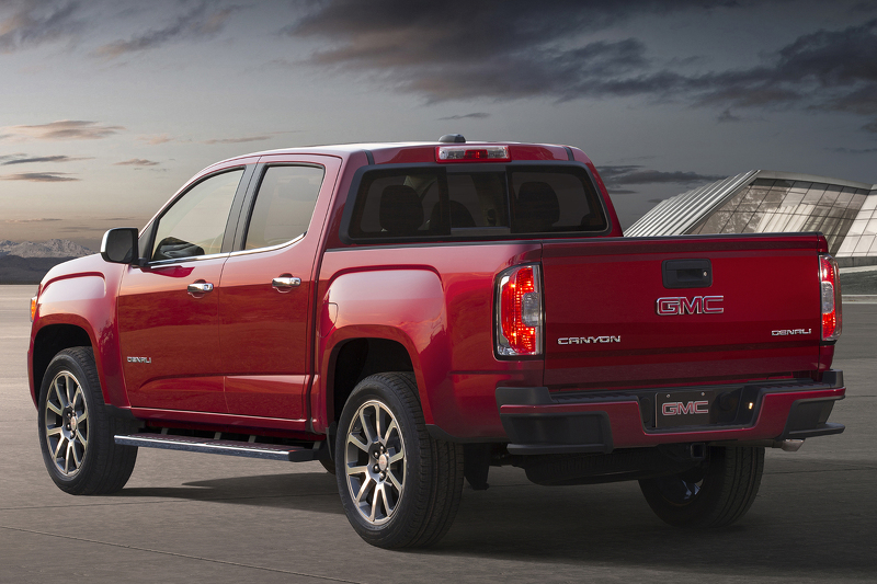 Innovative 2017 GMC Canyon Denali Unveiled Promises To Be The First