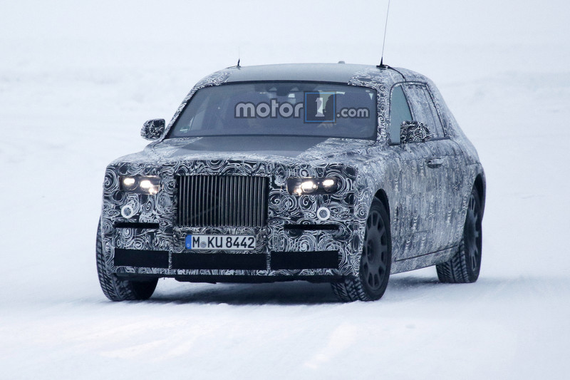 rolls-royc​e-phantom-​spy-photo